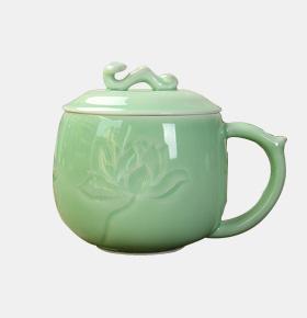 如意青瓷茶杯